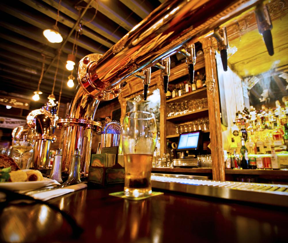 Välkänd Pub och Restaurang Topp-läge