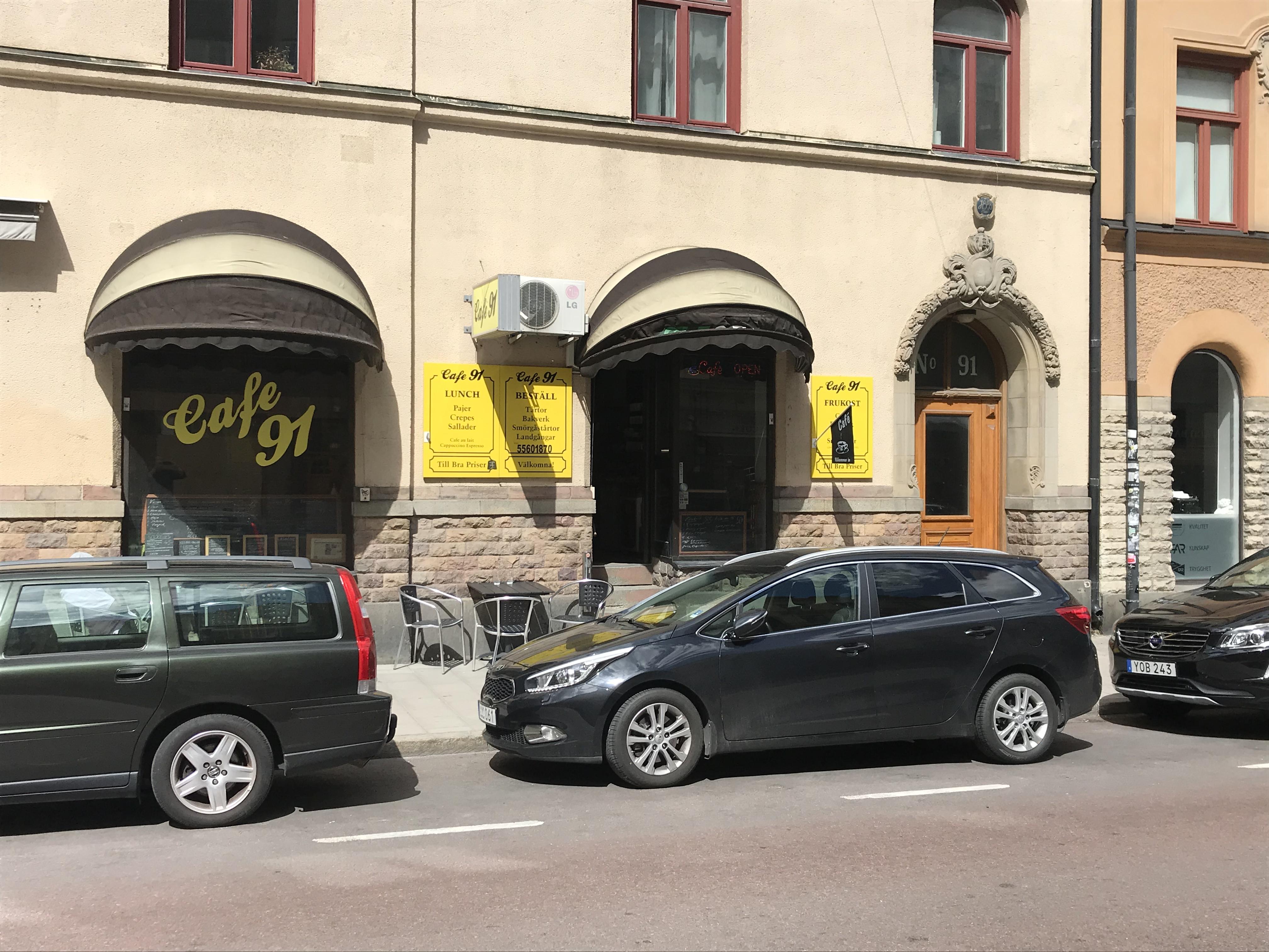 Populärt café på Södermalm i Stockholm med frukost, lunch och varmrätter